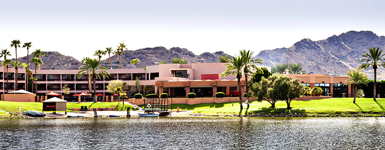 The Shores Villas on Camelback Lake
